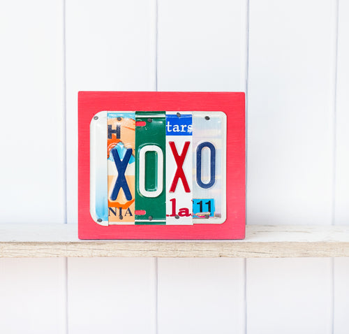 ON SALE: XOXO  by Unique Pl8z  Recycled License Plate Art - Unique Pl8z