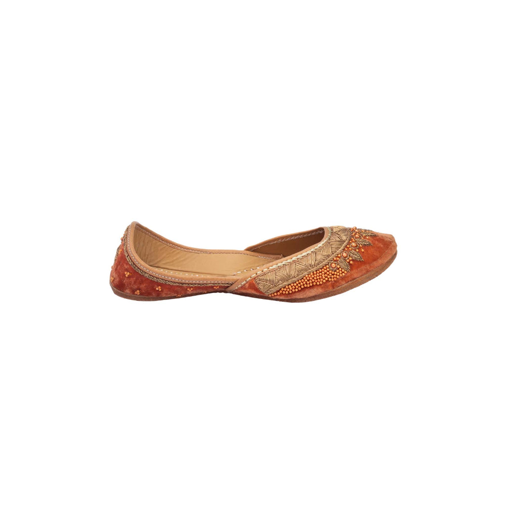 Rust Orange Hand Embroidered Juttis - Riviera Closet