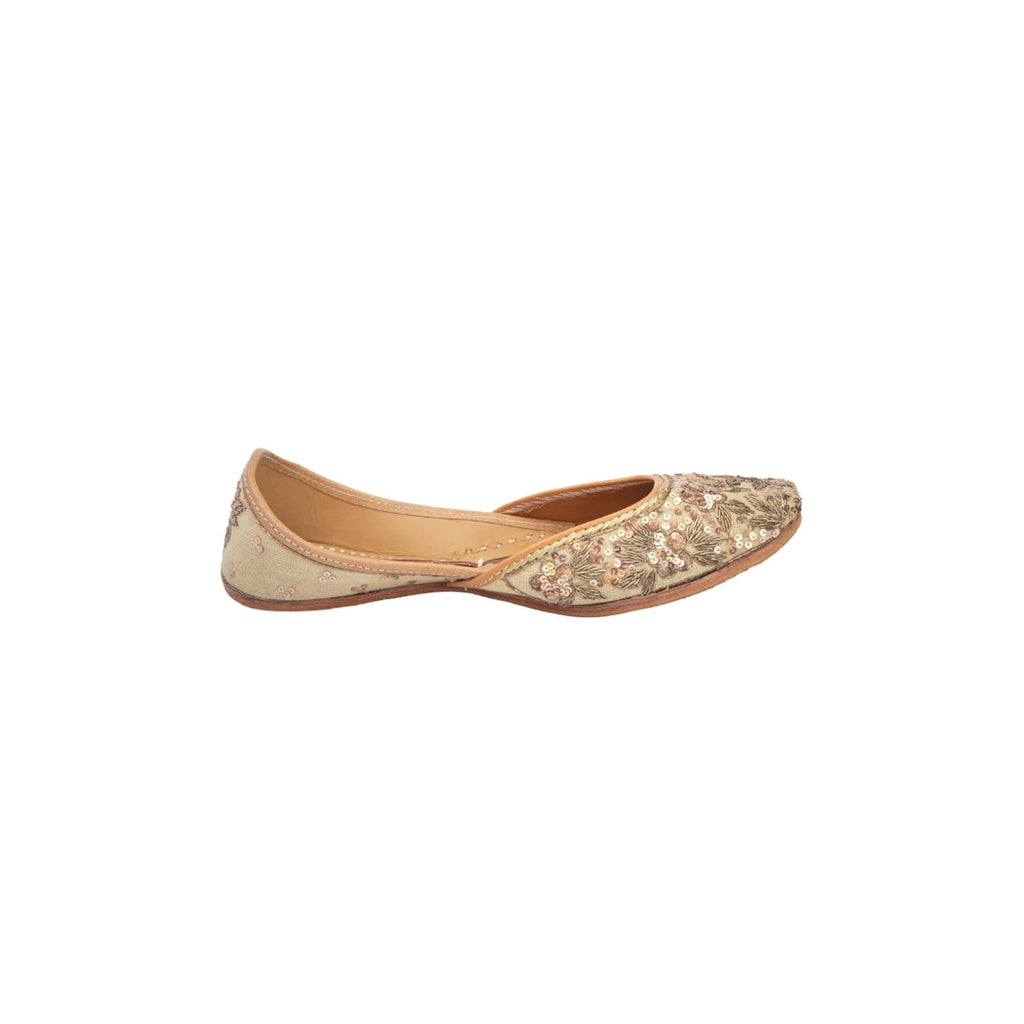 Hand Embroidered Rose Gold Sequinned Juttis - Riviera Closet
