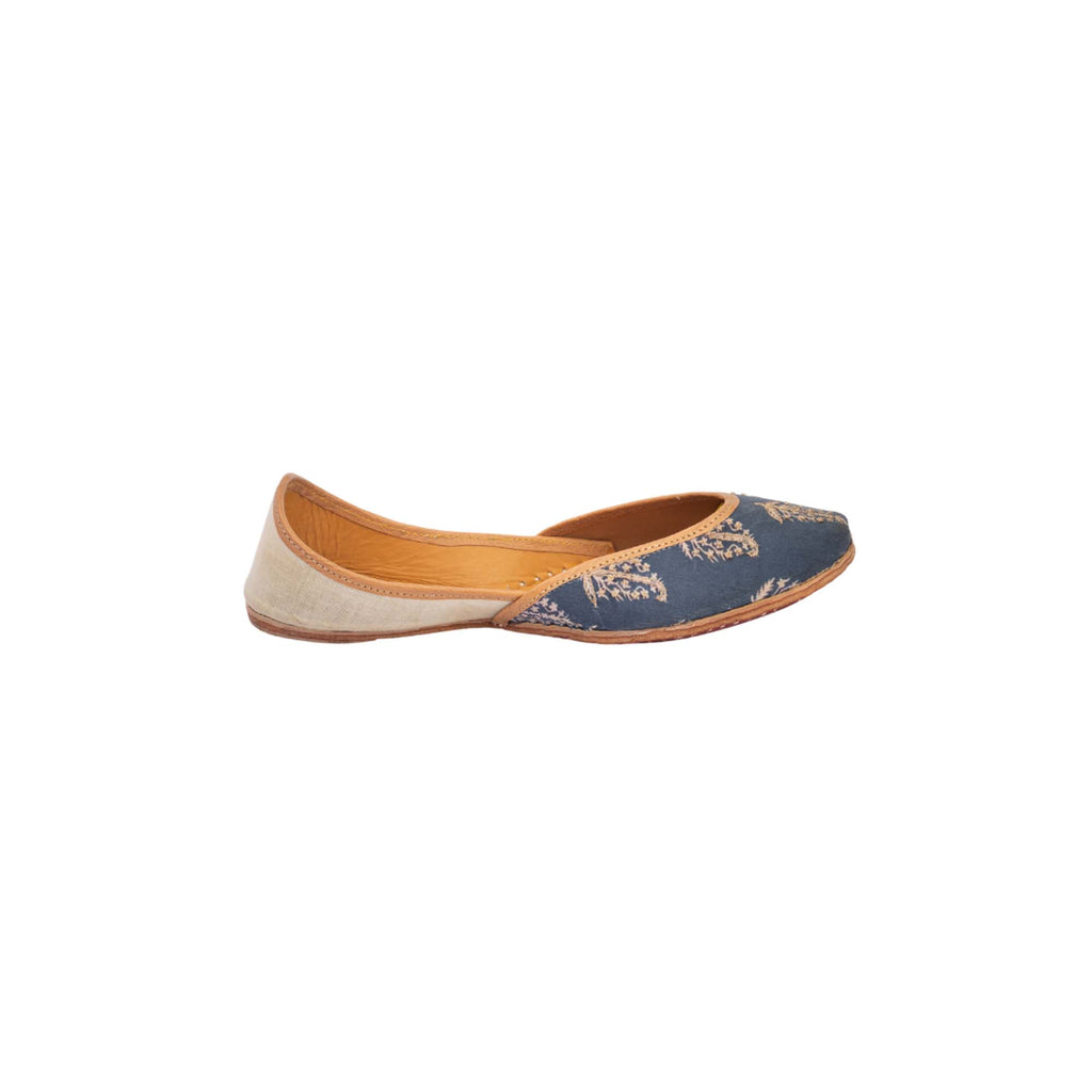 Royal Blue Hand Embroidered Traditional Print Juttis - Riviera Closet