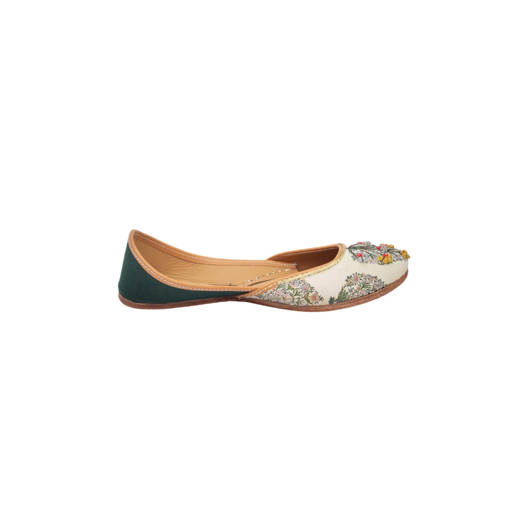 Floral Embroidered White and Green Juttis - Riviera Closet