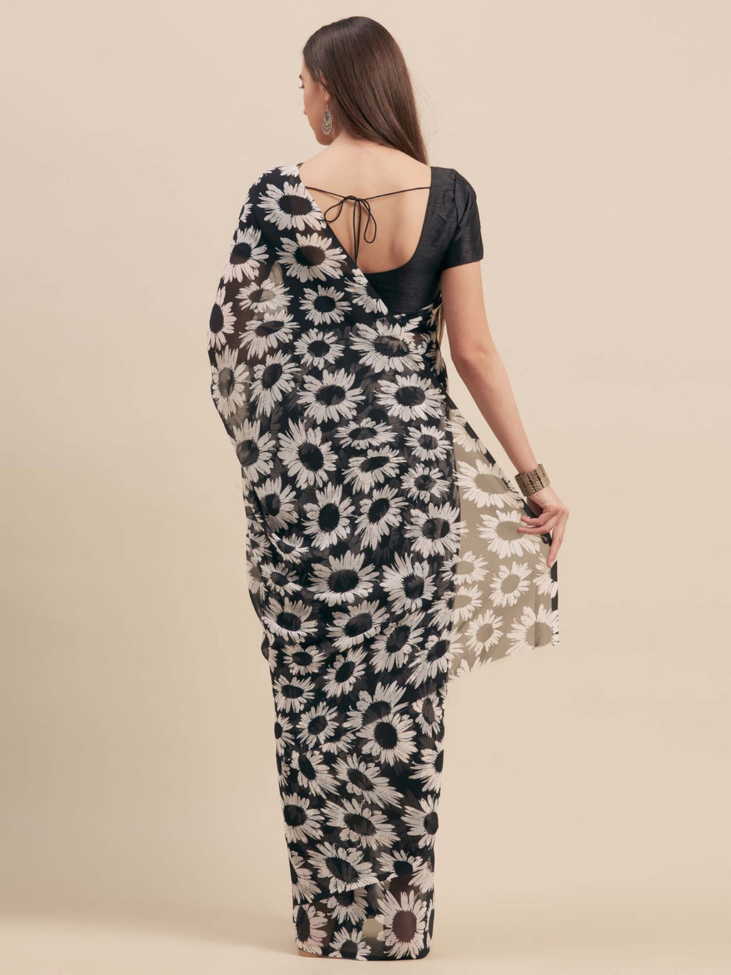 Black & White Floral Print Poly Georgette Saree - Riviera Closet