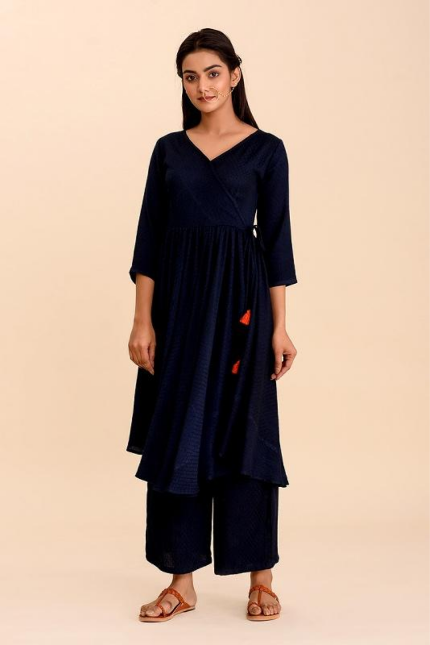 Saanjh Navy Blue Textured Kurta Set - Riviera Closet