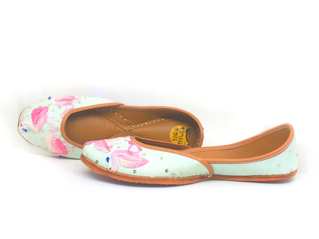 Quirky Flamingo Embroidered Juttis - Riviera Closet
