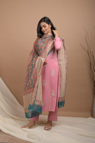 Light Pink Embroidered Cotton Kurta Pants Set - Riviera Closet