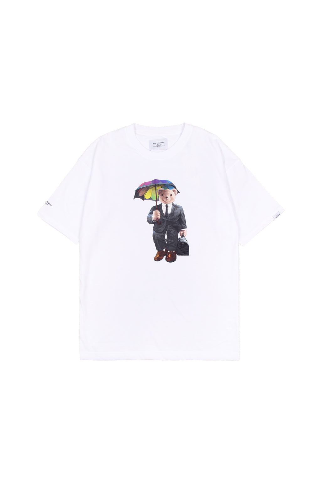 """LUKE, THE HOLDING UMBRELLA BEAR"" OVERSIZED TEE 