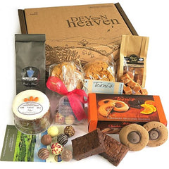 Cake, Tea & Biscuits Hamper (no cream)