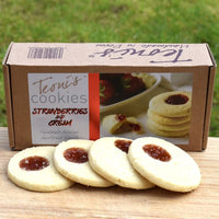 Teoni's Strawberry and Cream Shortbread