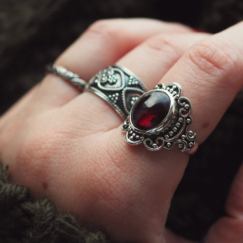 Majesty - Garnet & Sterling Silver Ring