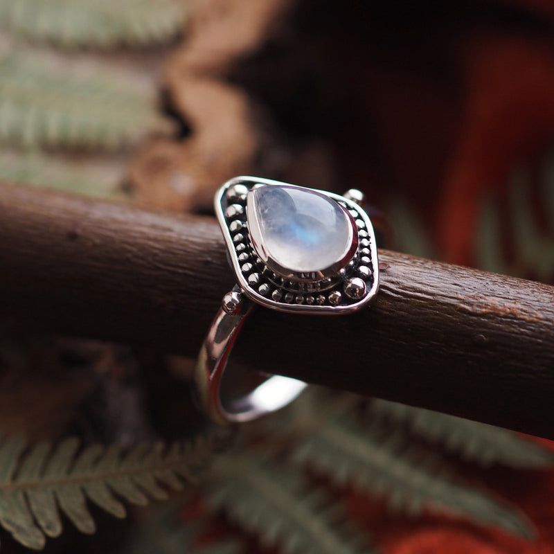 Arabella - Rainbow Moonstone & Sterling Silver Ring