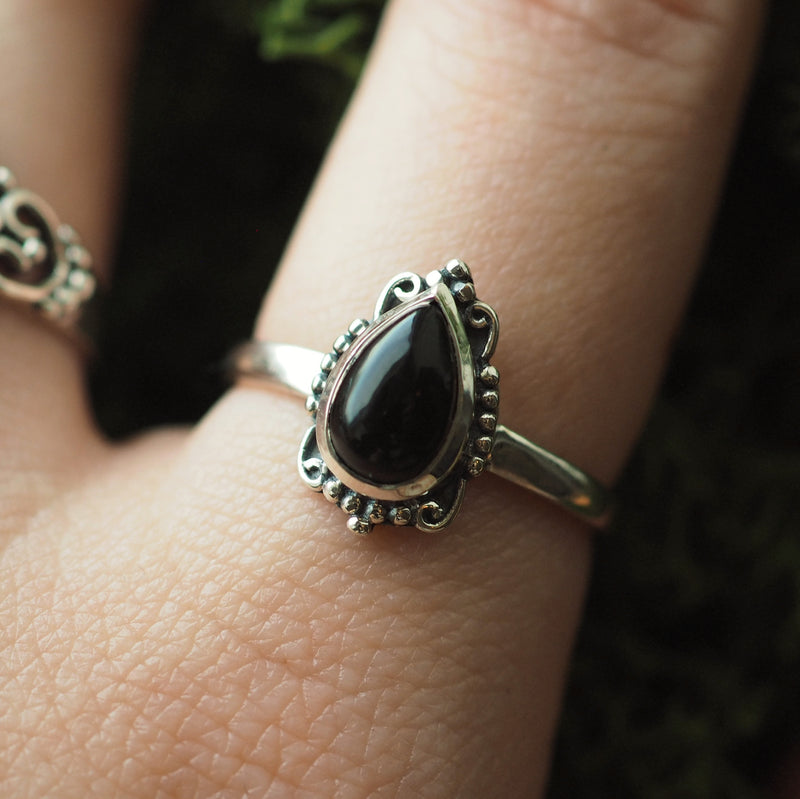 Ilaria - Black Onyx & Sterling Silver Ring