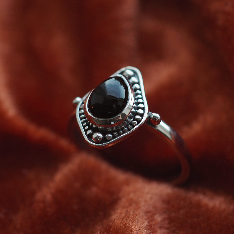 Arabella - Black Onyx & Sterling Silver Ring