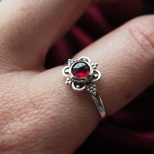 Spell - Garnet & Sterling Silver Ring