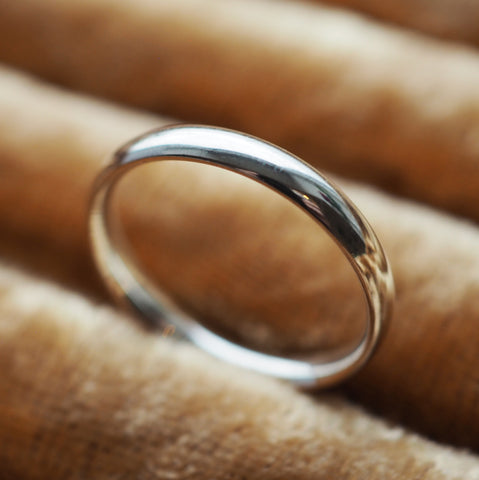 Lola - Sterling Silver Band Ring