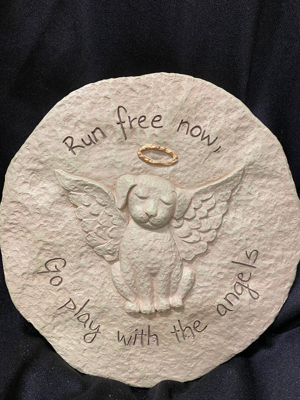 DOG MEMORIAL STEPPING STONE