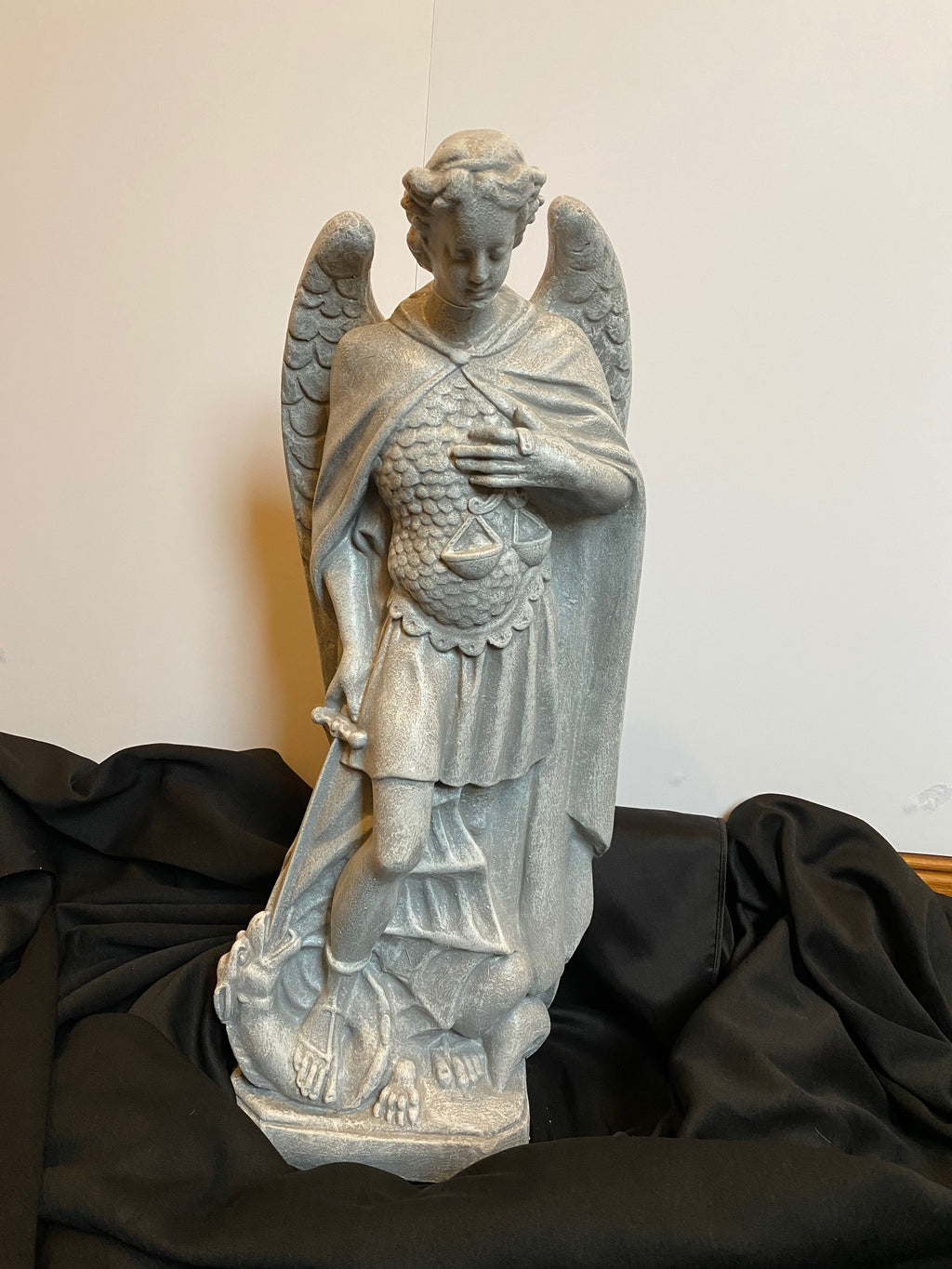 "23"" ST MICHAEL OUTDOOR STATUE"