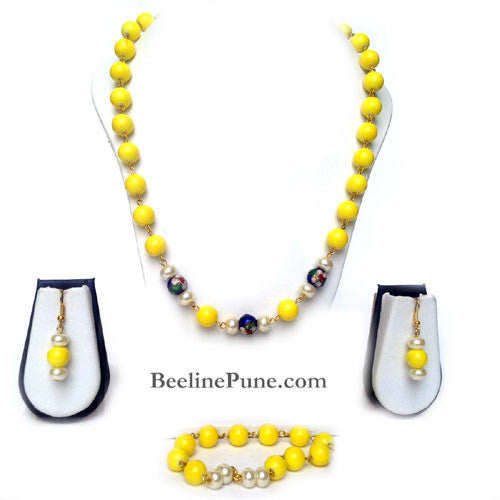 Yellow Beads and Pearl Set Fashionable necklace - Beeline