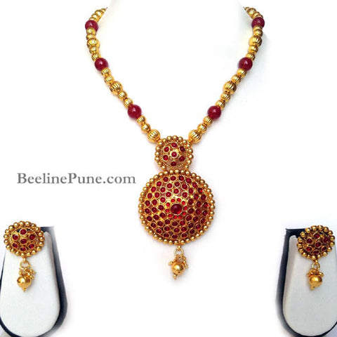 Kemp Beautiful Maroon Stone Studded Necklace Set Online-Hayagi