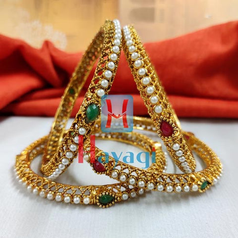 Pearl Bangle Green and Golden Color Set_Hayagi Pune