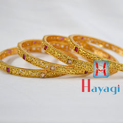 Kemp Stones Golden Finish Bangles Set Flower design - Hayagi
