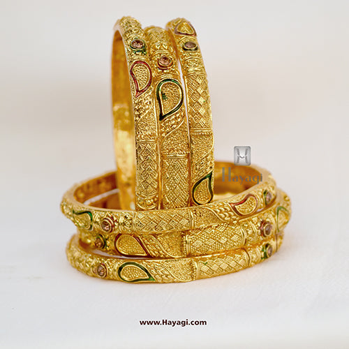 Bangles Wedding Designs, Chura Bangles Online - Hayagi