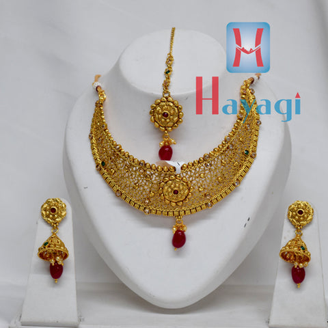 Necklace Gold Polishing Flower Design Green Pearl Online  -Hayagi