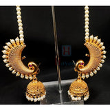 Peacock Shaped Ear Cuff With Pearl Vel_Hayagi(Pune)