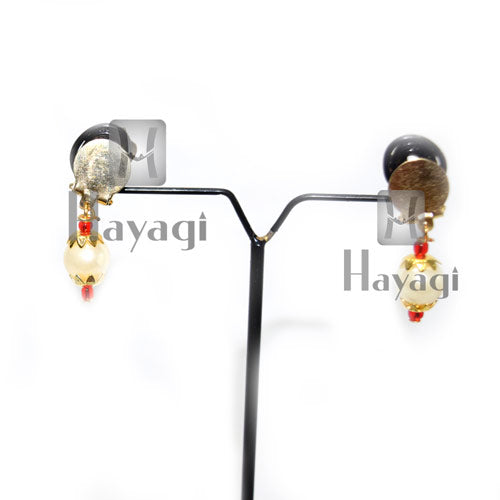 Ganpati Gold Earrings Red Beads With White Pearl Ganesh Ornament Online- Hayagi