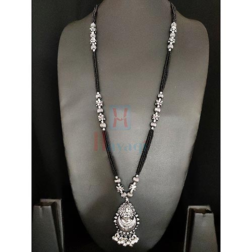 Goddess Laxmi With Moon Design Silver Finish Mangalsutra_Hayagi(Pune)
