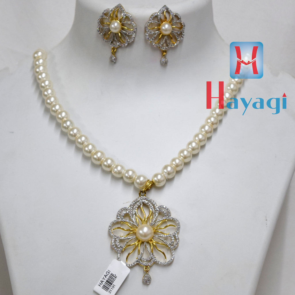 White Pearl Set Fashionable necklace Buy Online - Hayagi