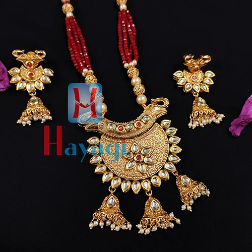 Rajwadi Necklace Maroon Beads Antique Finish Pendant Set_Hayagi(Pune)