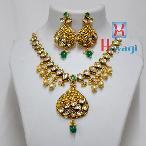 Kundan Necklace Petal Design Set Online_Hayagi