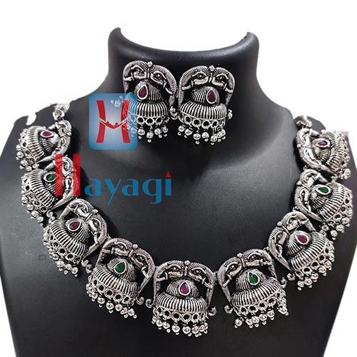 Short Necklace Flower Design Silver Oxidized_Hayagi(Pune)