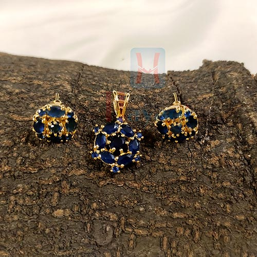 Floral Navy Blue Fancy Pendant Set_Hayagi(Pune)