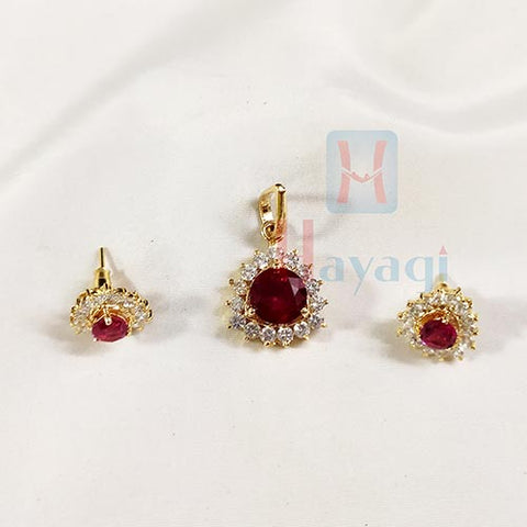 Trangle White Red Studded Pendant Set_Hayagi(Pune)