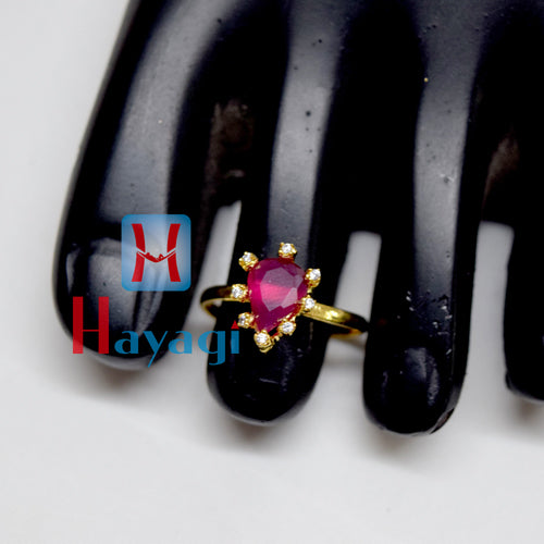 Toe Ring Maroon Coloured Petal Design_Hayagi (Pune)