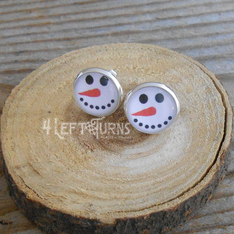 Snowman Face Post Style Pierced Earrings