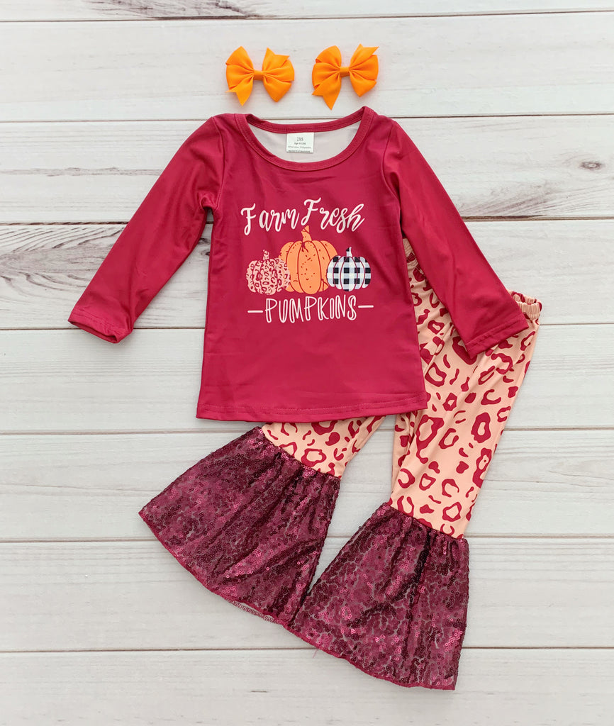 Farm Fresh Pumpkins Sequins Bells Set