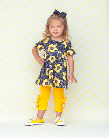 Sunflowers & Bees Button Capri Set