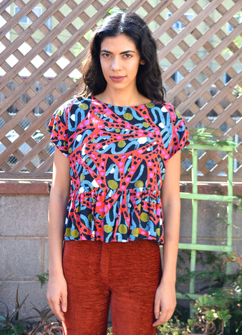 Abstract Patterned 90's Crop Top