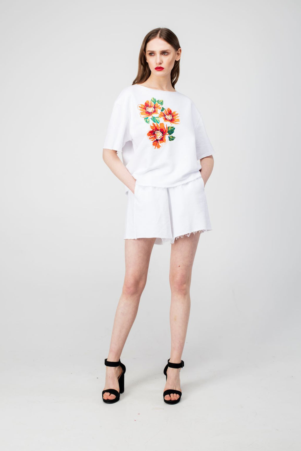White Embroidered Poppy Flower Girls Set - LAZY FRANCIS - Shop in store at 406 Kings Road, Chelsea, London or shop online at www.lazyfrancis.com
