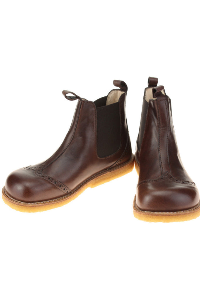 Angulus Brown Chelsea boot with flexible crepe rubber sole, very stylish.