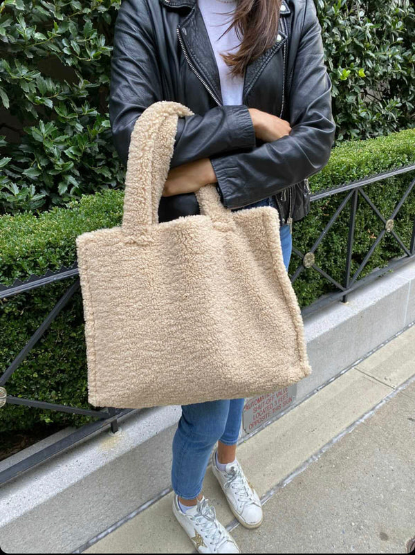 Teddy Tote Solid