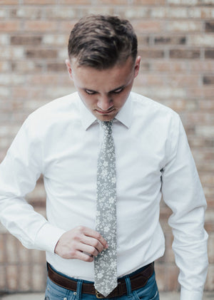 Dusty Orchid Tie on model wearing a white shirt