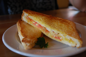 Provolone Cheese & Tomato | Awesome Grilled Cheese Recipe | EVOO