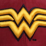 Gorra Baseball Logo Wonder Woman Vino