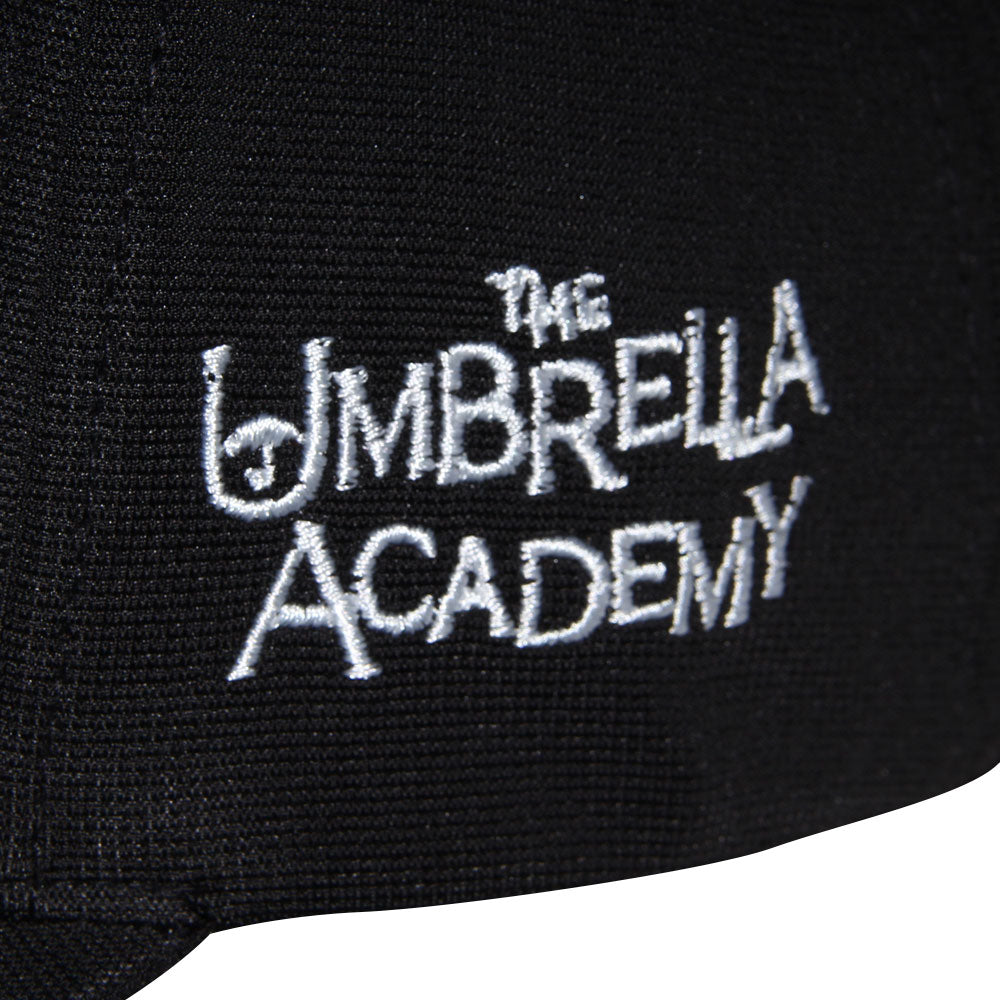 Gorra Flex Logo Umbrella Academy
