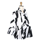Damee Brushstroke Button Front Short Jacket in White/Black - 4620-WHT