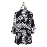 Damee NY Abstract Crinkle Jacket in Black & White - 4625-BW