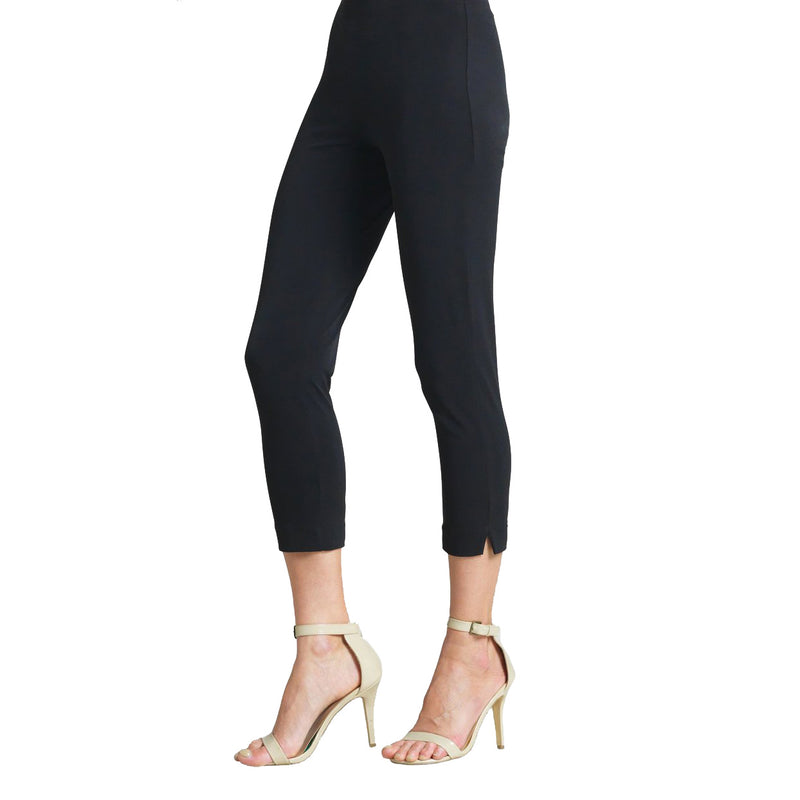 Clara Sunwoo Solid Pull On Capri in Black - CP1-BLK